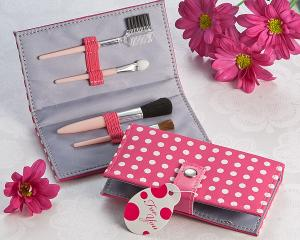 Pretty in Pink Polka Dot Makeup Brush Kit image