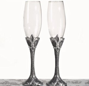 Fleur De Lis Collection Toasting Glasses image