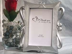 Classical Style Silver Photo Frame Favor image