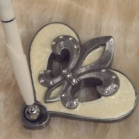 Sophisticated Ivory Fleur De Lis Pen Set
