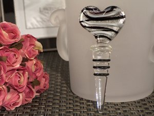 Murano Design Silver & Black Heart Bottle Stopper Favors image