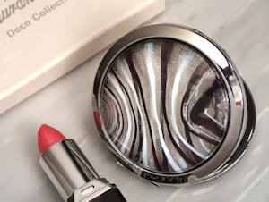 Round Small Compact Mirrors - Silver and Burgundy image