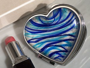 Heart Shaped Compact Mirror Party Favors - Silver & Blue image