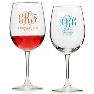 Intertwined Monogram Personalized Wine Glass image