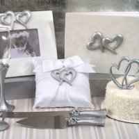 Deluxe Two Hearts That Beat as One Accessory Set