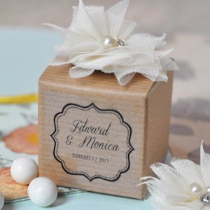 Vintage Wedding Favor Boxes (Set of 12) image