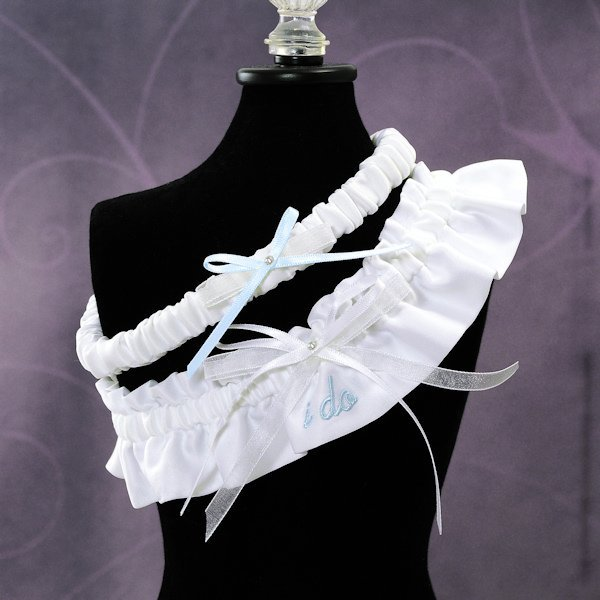 Why Two Garters For Wedding: Embroidered 'I Do' Wedding Garter Set