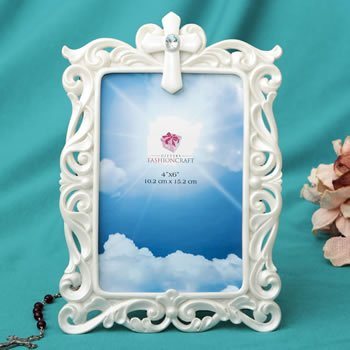 Stunning Pearl White Cross 4 x 6 Frame image