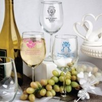 Personalized Wine Glass Party Favors (50 Designs)