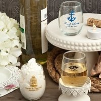 Personalized Petite Stemless Wine Glass Favor (5.5 oz.)