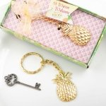 Warm Welcome Pineapple Themed Gold Metal Key Chain Favors