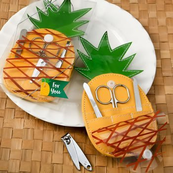 Trendy Pineapple Shaped Manicure Case Favor image