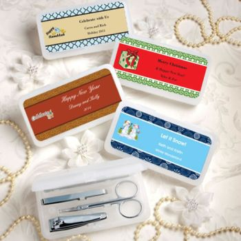 DIY Holiday Theme Travel Manicure Sets image