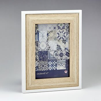 Natural wood 5 x 7 frame image
