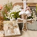 Stunning Vintage Design Cross Ornament Favor