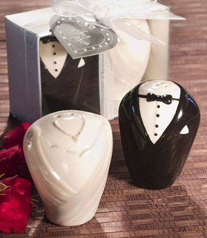 Bride and Groom Salt and Pepper Shakers Wedding Favors image