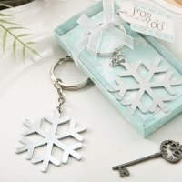 Stunning Snowflake Design Silver Metal Key Chain Favors