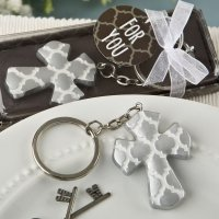 Silver Cross Key Chain with Hampton Link Design Favors
