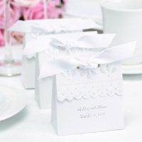 Personalized White Scalloped Edge Favor Boxes (Set of 25)
