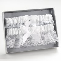 White Heart Garter Set