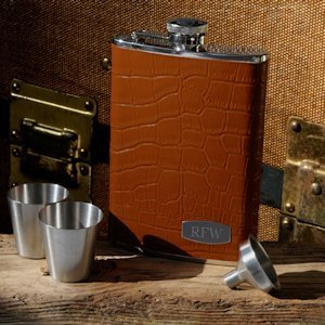 Personalized Tycoon Leather Flask Set image