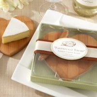 Eco-Friendly Heart Shaped Bamboo Cheese Board Favors