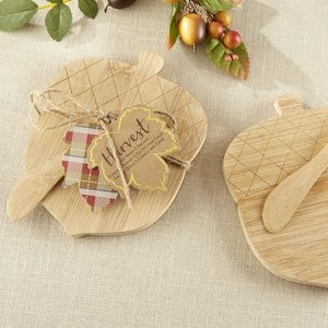 Acorn Shaped Cheeseboard and Spreader image