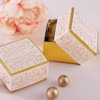 Modern Romance Square Favor Box (Set of 12)