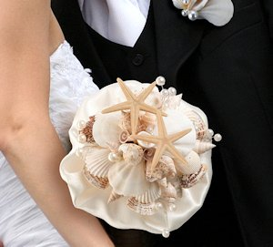 Coastal Sea Shell Bouquet image