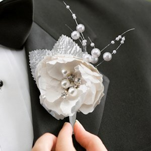 Chic & Shabby Boutonniere image