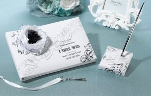 True Love Guest Book and Pen Set image