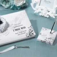 True Love Guest Book and Pen Set