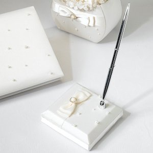 Scattered Pearl Ivory Pen Set image