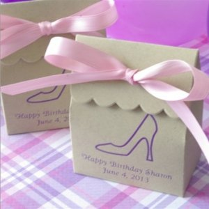 Eco-Friendly Personalized Kraft Scalloped Favor Bag image