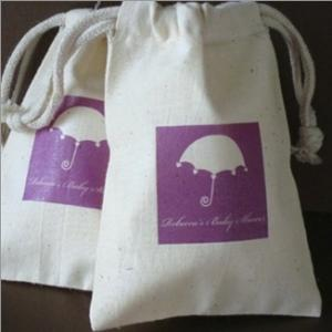 Large Personalized Silhouette Muslin Bag Favors image