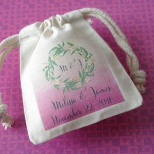 Monogram Green Wreath Personalized Small Muslin Bag image
