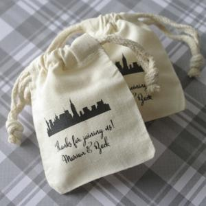 Cityscape Silhouette Personalized Small Muslin Favor Bag image