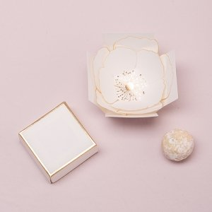 Surprise Bloom Favor Box (Set of 10) image