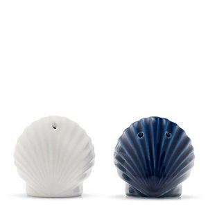 Seashell Salt & Pepper Shaker Set image