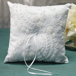 Beverly Clark Venetian Elegance Collection Ring Pillow image