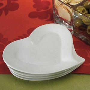 Heart Shaped Ceramic Plates (Set of 4) image