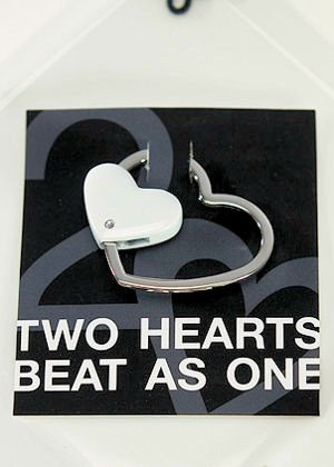 Metal Heart-Shaped Key Holder image