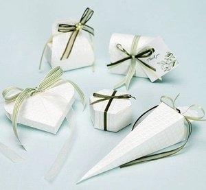 Quilted Diamond Pattern Favor Boxes (Set of 10) image