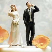 Cell Phone Bride & Groom Humorous Wedding Cake Toppers