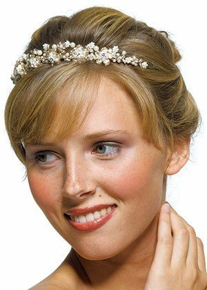 Garden Tiara with Ivory Pearls in Antique Gold image
