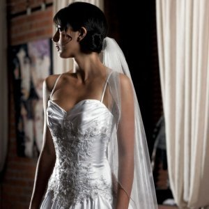 Single Layer Veil with Beaded Edging (White or Ivory) image