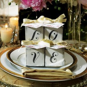 'LOVE' Wedding Party Favor Boxes - Set of 10 image
