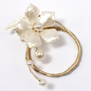 Pearl & Vintage Gold Floral Mini Ring (Set of 8) image