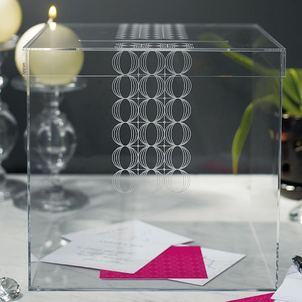 circle of love acrylic wishing well guest book alternative. Black Bedroom Furniture Sets. Home Design Ideas